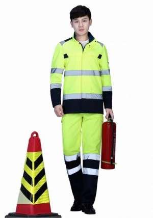 如今反光面料在工作服中使用越来越广泛
